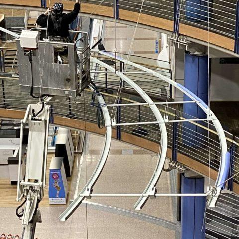 Installation structure aluminium cours européenne de Luxembourg